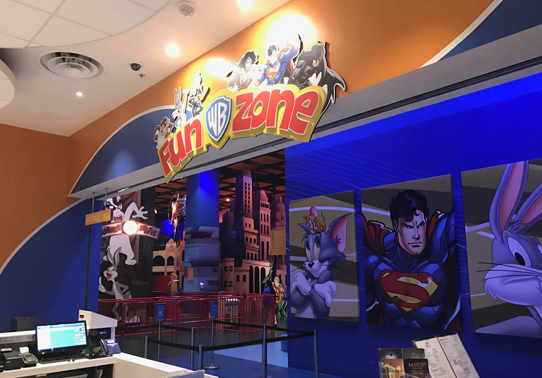 Warner Brother's Fun Zone in Macau: Entrance