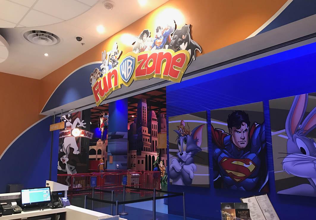 Warner Brother's Fun Zone in Macau: Entrance