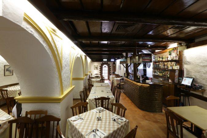 A Lorcha: interior