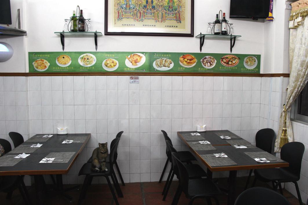 Rico's Macau: Interior