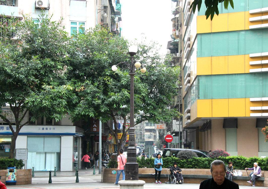 Three Lamps District in Macau: Plaza