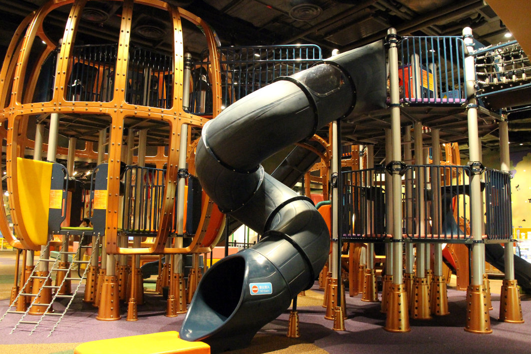 Qube Kingdom at Qube Parisian in Macau, Spiral Slide